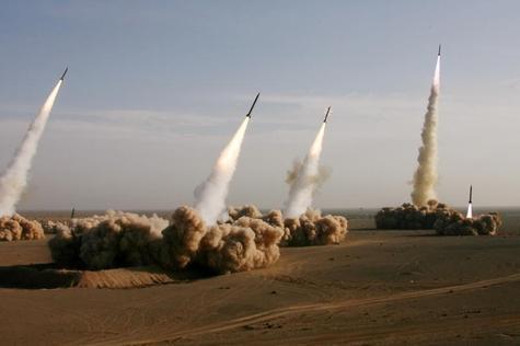 Iran : 10 jours de manœuvres militaires autour du détroit d'Ormuz