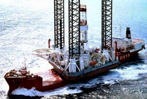 Russie : Une plate-forme pétrolière chavire