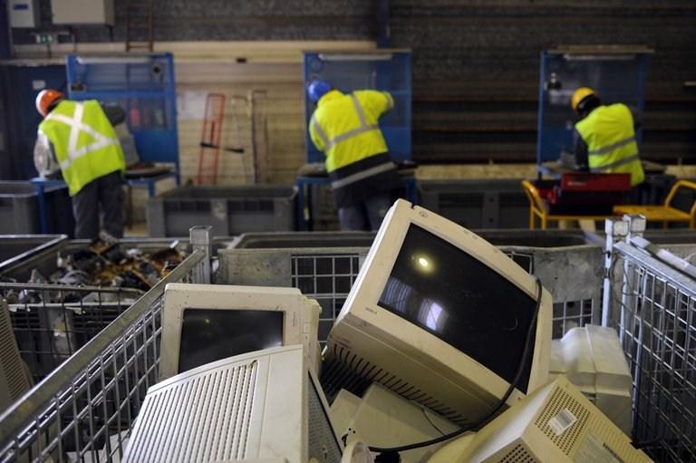 Afrique/ Europe : Le grand paradoxe des déchets électroniques !