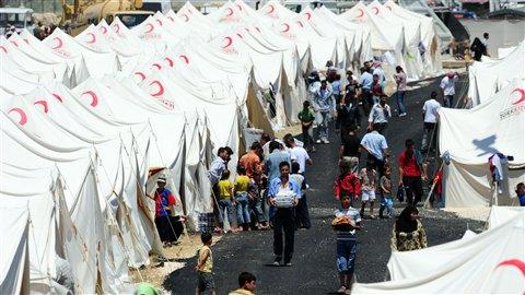Turquie : Contrôler l'afflux des réfugiés syriens