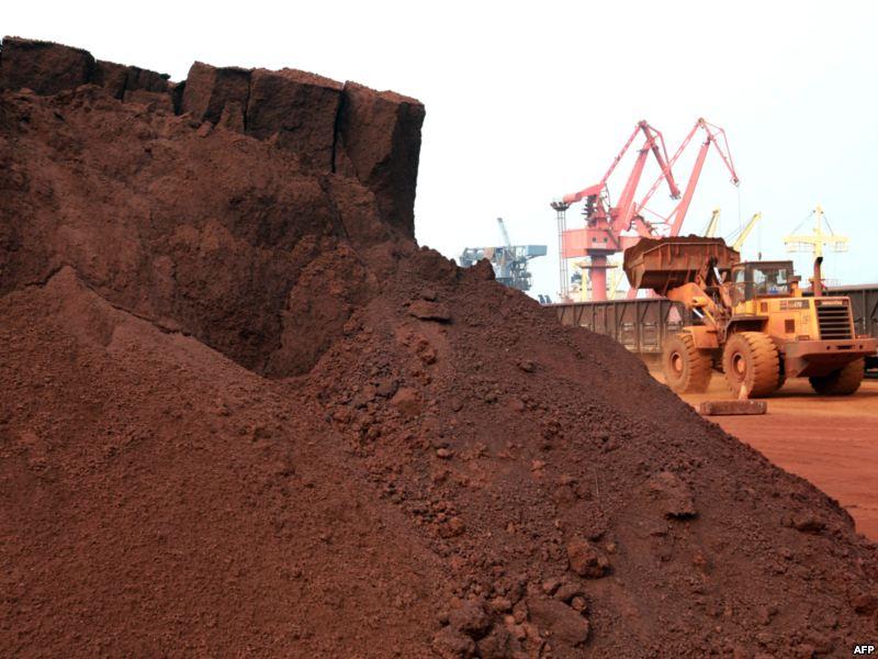 La Chine prête à défendre ses terres rares