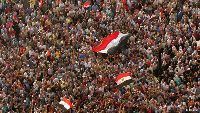 Procès Moubarak : Les égyptiens protestent contre la sentence