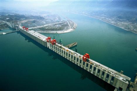 Chine : Le barrage des Trois Gorges totalement opérationnel