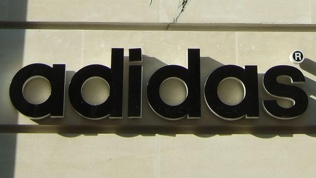 Allemagne : Adidas flaire la bonne affaire