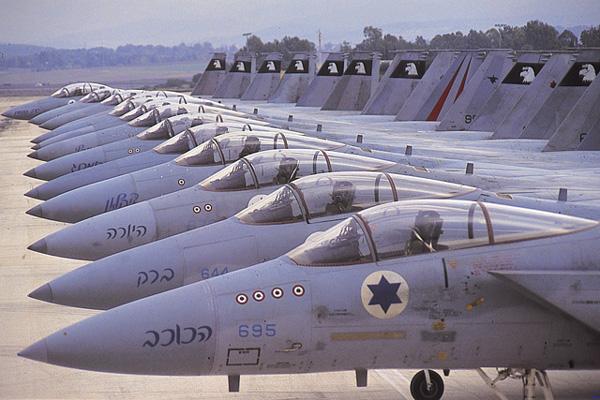 Raid israélien contre des positions du régime de Damas