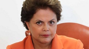 presidente-Dilma-Rousseff-recebe-governador-de-Pernambuco-em-2011-size-598