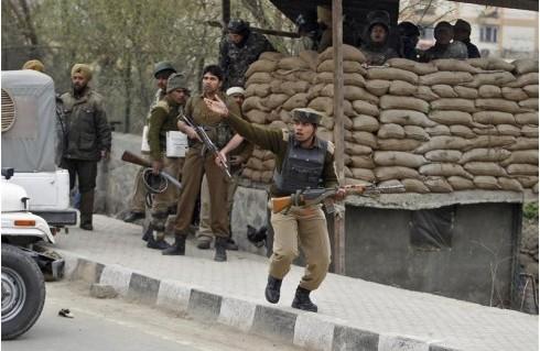 Inde : les forces de sécurité attaquées dans le Cachemire