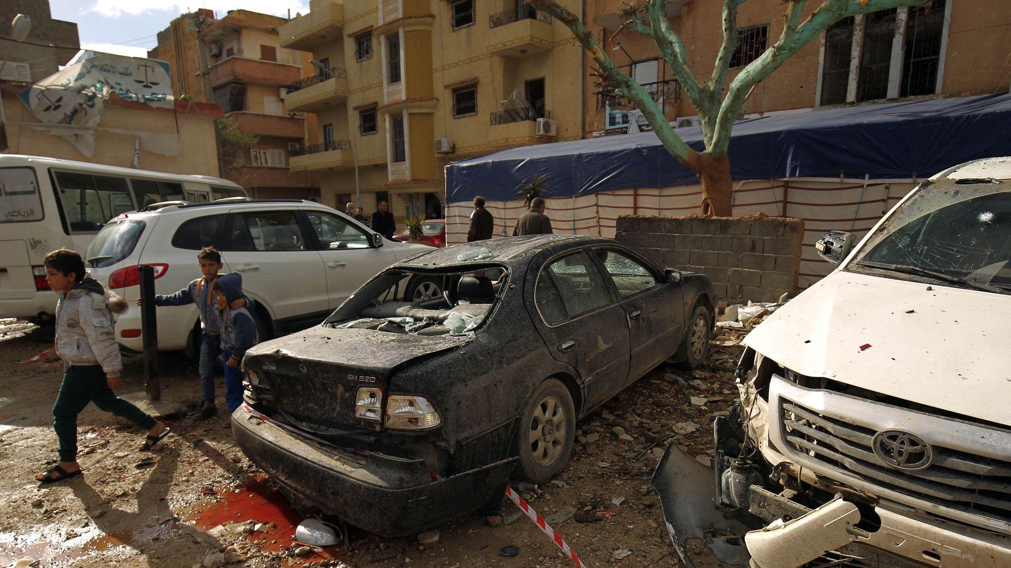 Libye : Des dizaines de morts dans un double attentat à Benghazi