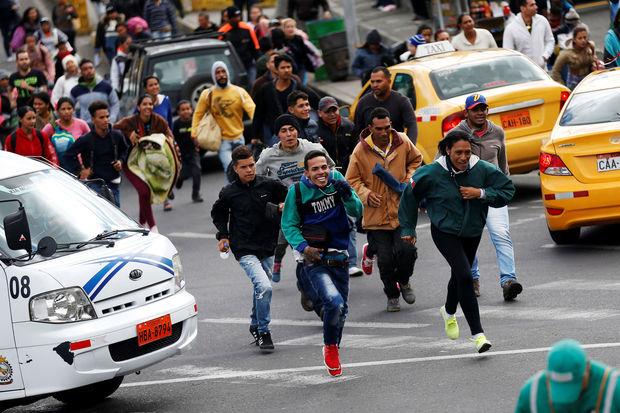 Des camps de migrants vénézuéliens attaqués au Brésil