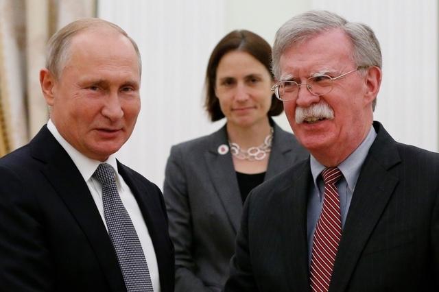 Un bilan mitigé de la visite de John Bolton à Moscou
