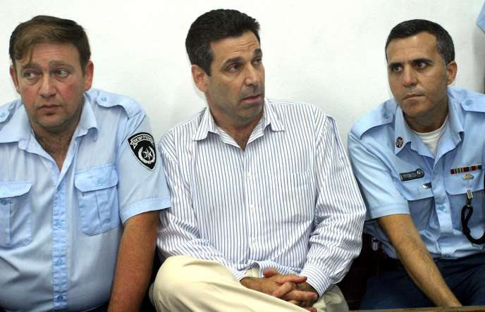 Israël: Un ex-ministre en prison pour espionnage