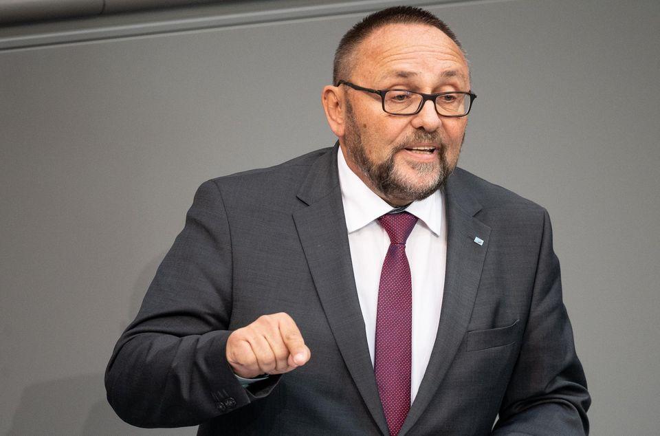 Allemagne : Un député d'extrême-droite victime d'une violente agression