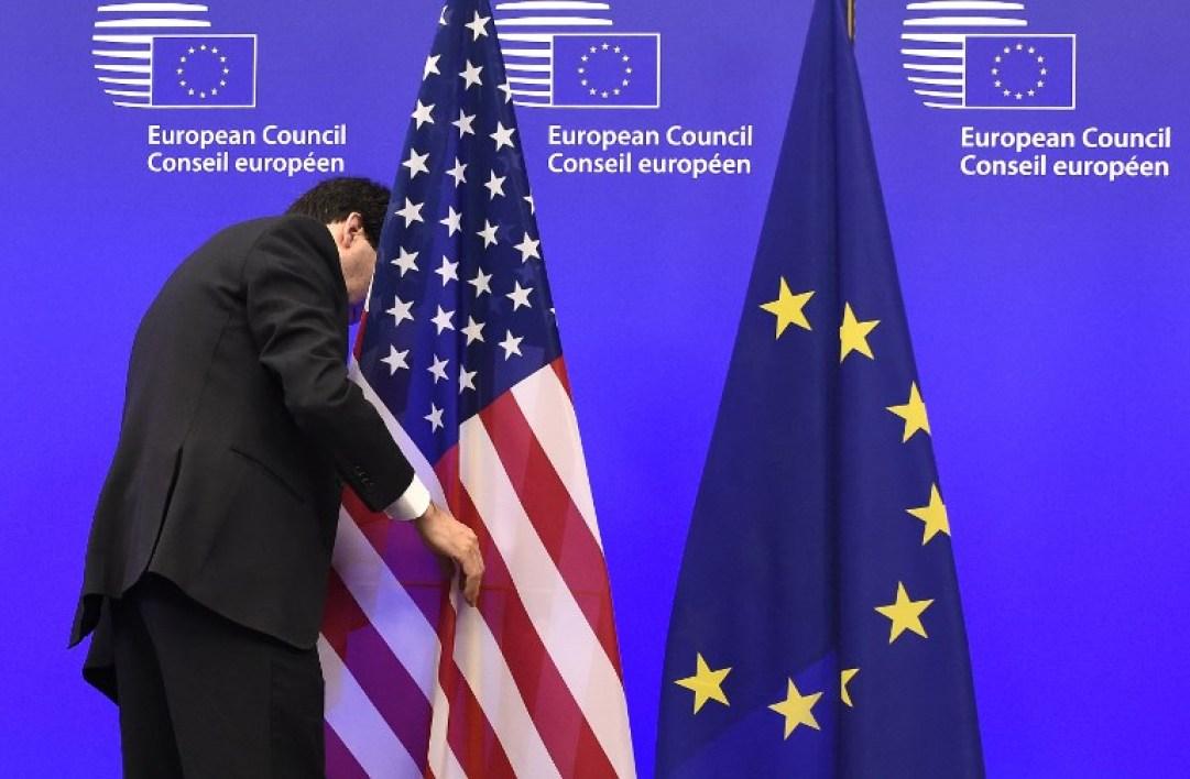 Washington rétrograde le statut diplomatique de l'Union Européenne
