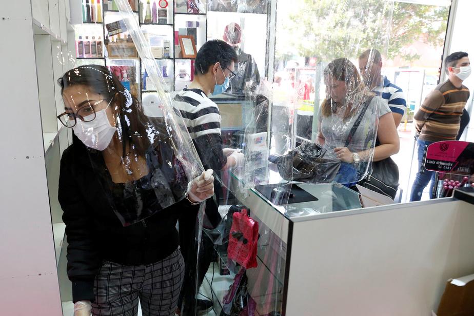 Chili : fermeture des frontières face à la hausse des cas de coronavirus (président)