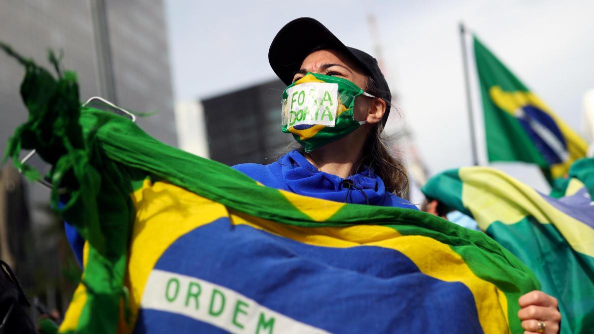 Le Brésil dépasse les 50.000 décès des suites de Covid-19
