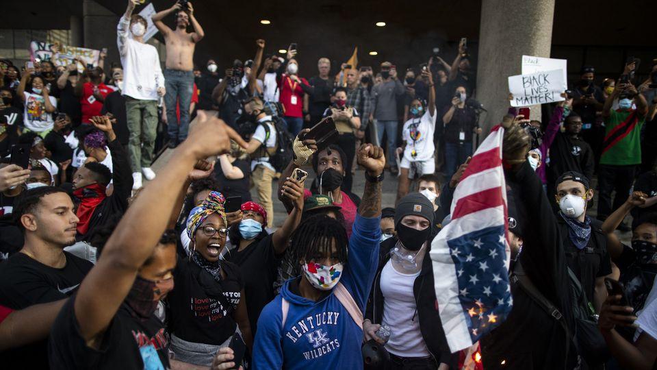 USA-George Floyd : La police américaine abat un autre Noir