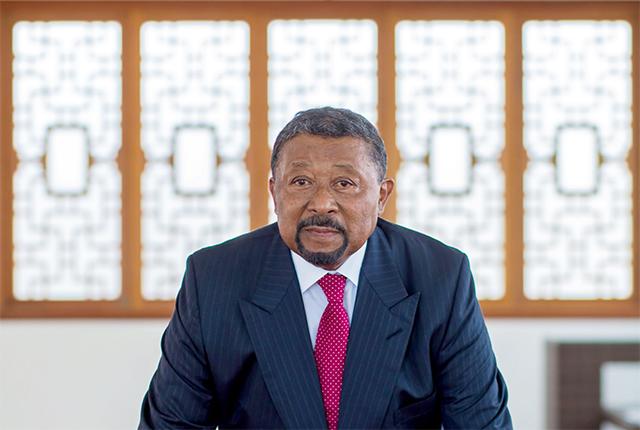 L'opposant Jean Ping persiste et signe sur la vacance du pouvoir au Gabon