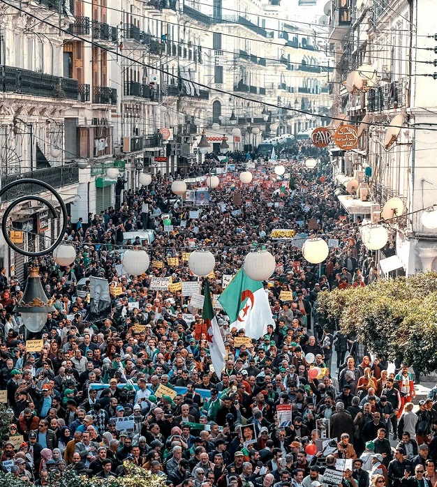 La situation en Algérie devient de plus en plus insupportable
