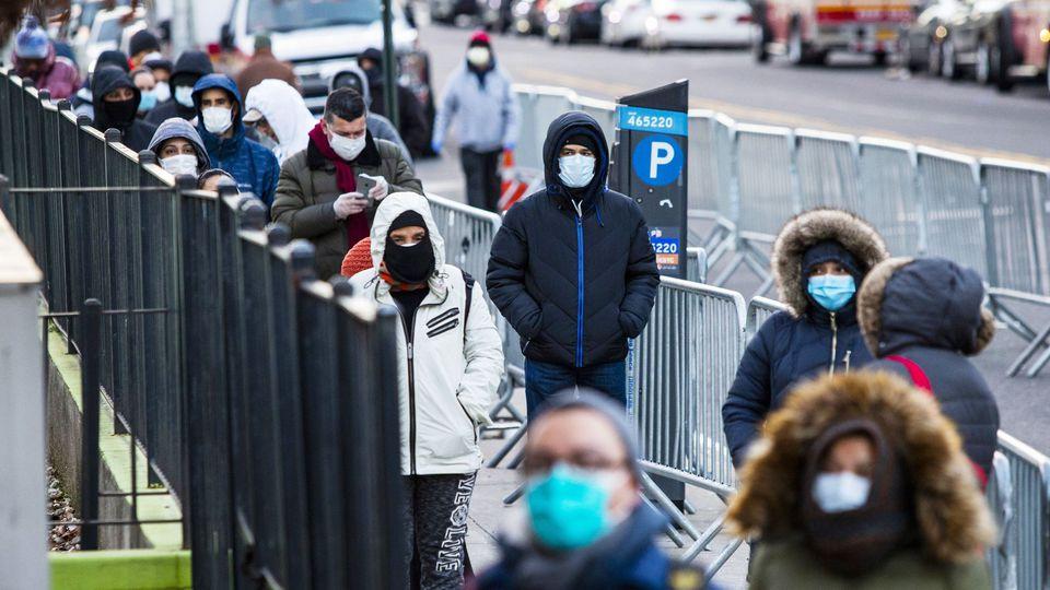 Coronavirus : environ 1 600 décès enregistrés en 24 heures aux Etats-Unis