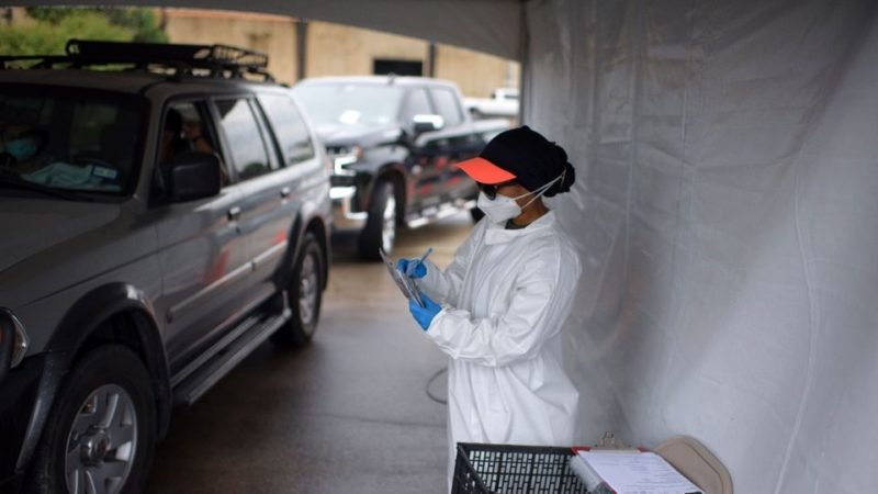 Les Etats-Unis franchissent la barre des 400.000 morts du covid-19