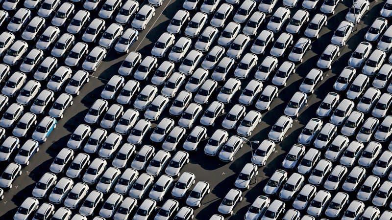Baisse record en Europe des ventes de voitures pour particuliers à cause de la Covid-19