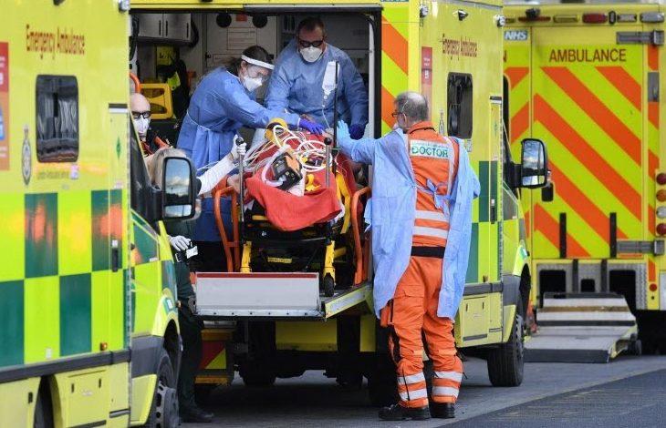 Le Royaume-Uni a franchi la barre des 100.000 morts du Covid-19