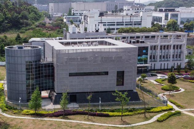 Les experts de l'OMS inspectent l'Institut de virologie chinois de Wuhan