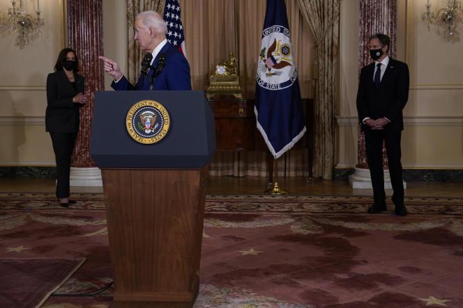 Etats-Unis : Biden change radicalement de politique étrangère