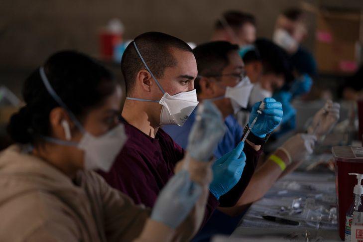 Des millions de flacons du vaccin anti-coronavirus d'Astra Zeneca inutilisés aux Etats-Unis