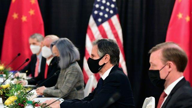Le premier tête-à-tête de l'ère Biden entre la Chine et les USA tourne à la joute verbale