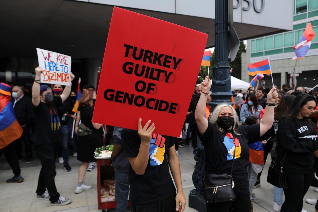 Ankara convoque l'ambassadeur américain suite à la reconnaissance du génocide arménien par Biden