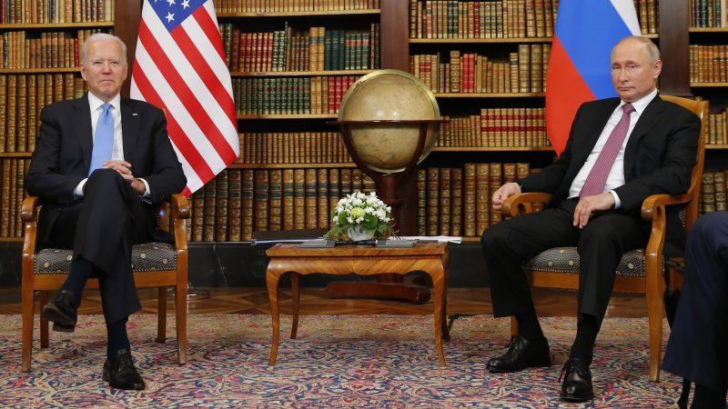 Biden et Poutine satisfaits de leur première prise de contact à Genève