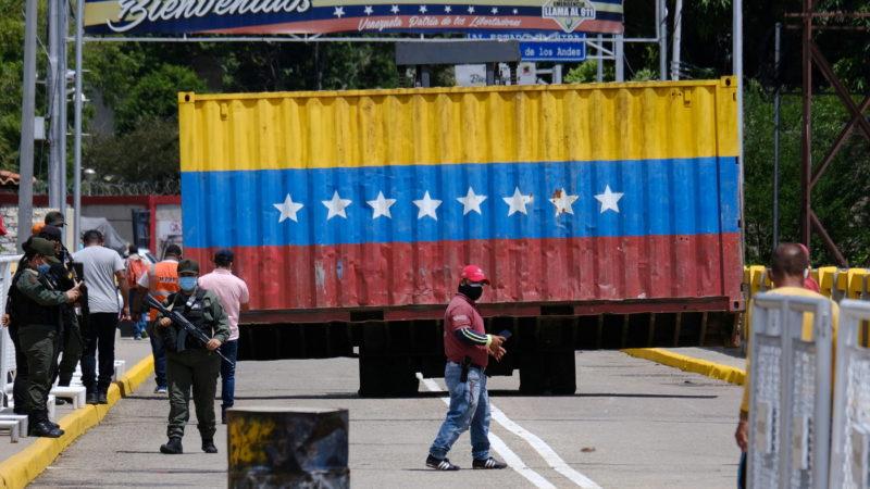 Le Venezuela annonce la réouverture de sa frontière avec la Colombie